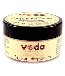 Veda Essence Aloe Shea Rejuvenating Cream Moisturizer 100 Gm