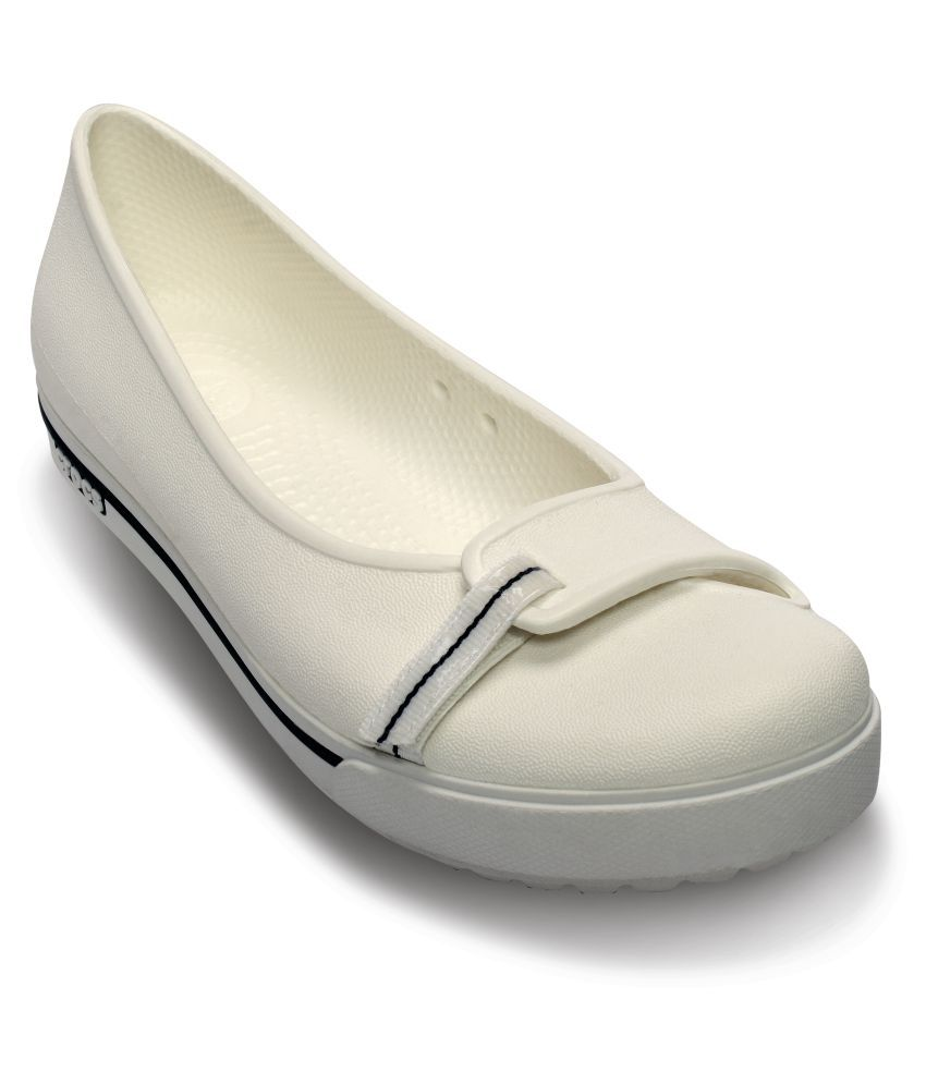 c08a907c4 Crocs White Ballerinas Relaxed Fit Price in India- Buy Crocs White Ballerinas  Relaxed Fit Online at Snapdeal