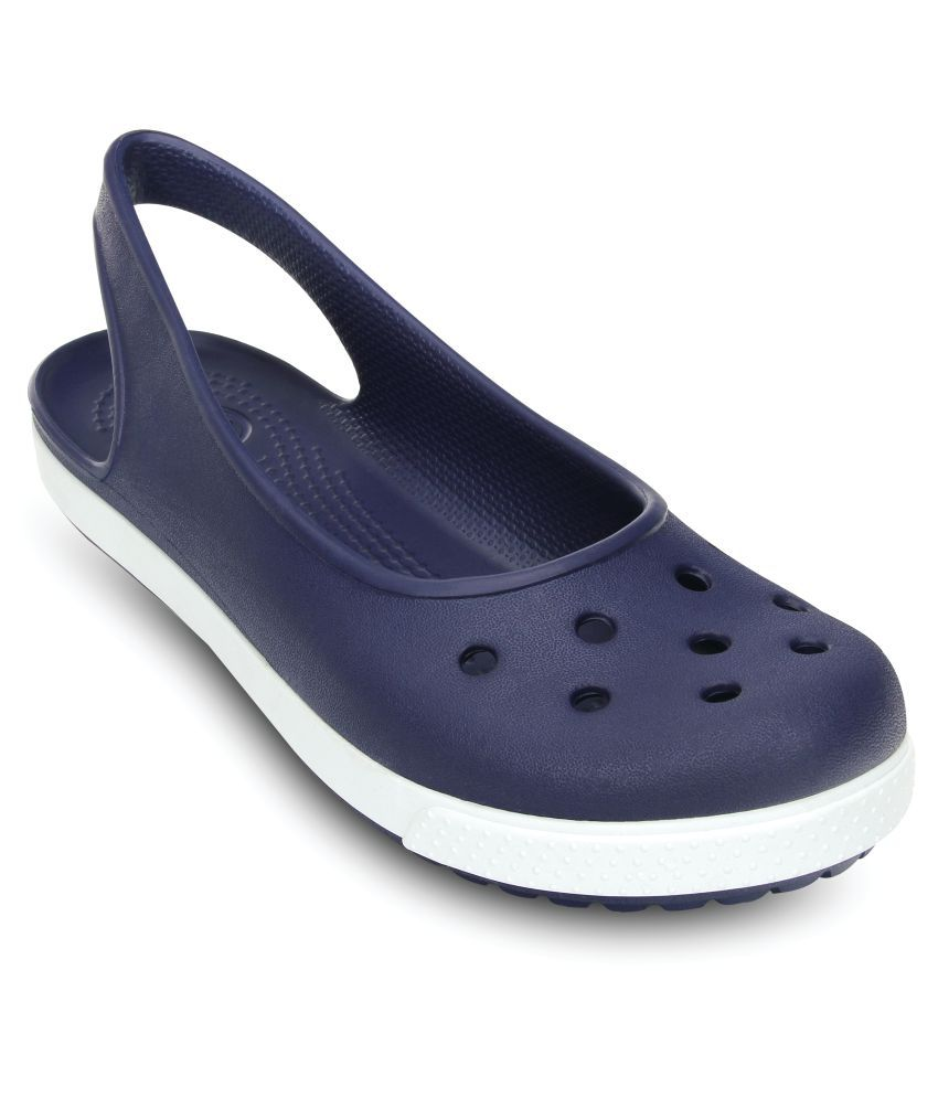 d5f6bd736eb4 Crocs Blue Clogs Price in India
