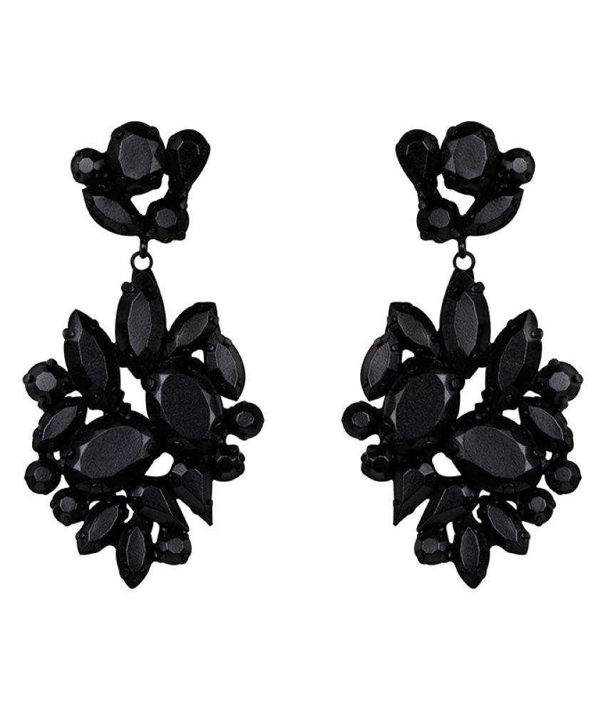 Kazo Black Earrings