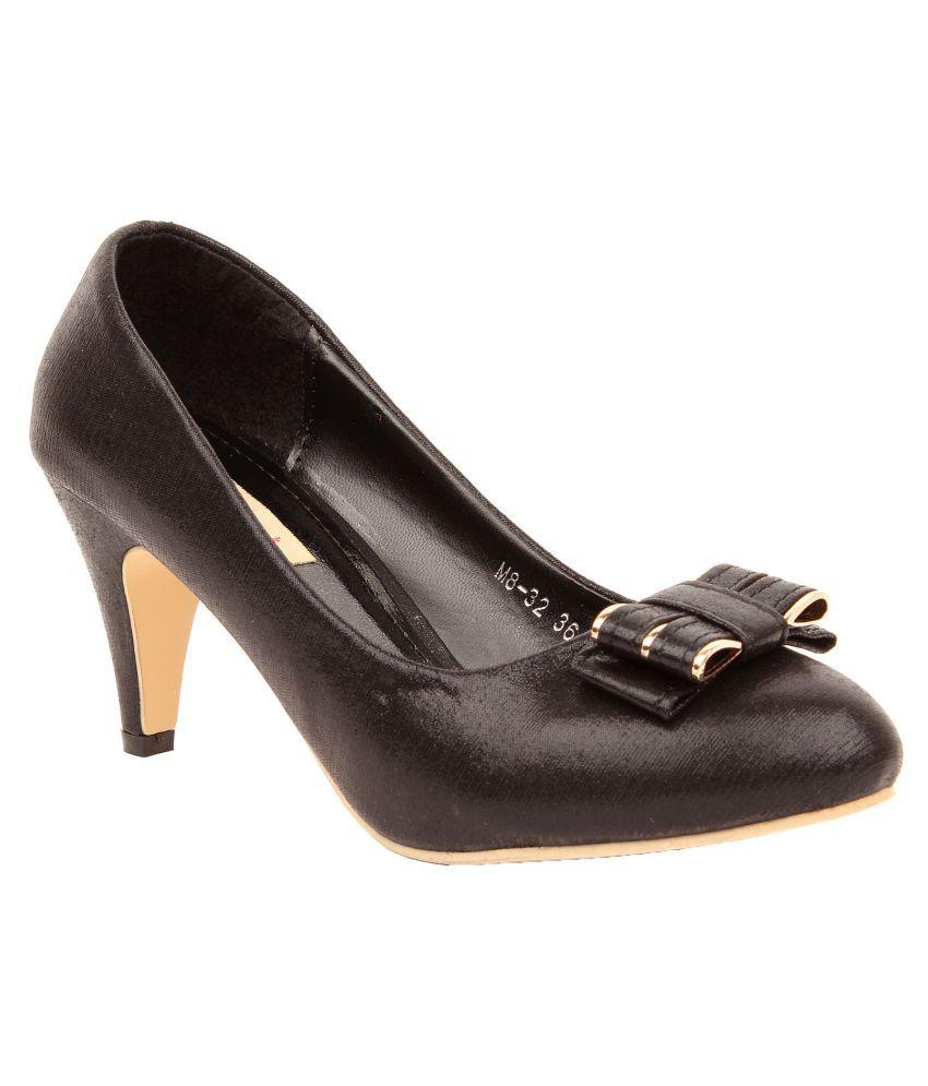 Foot Candy Black Heels