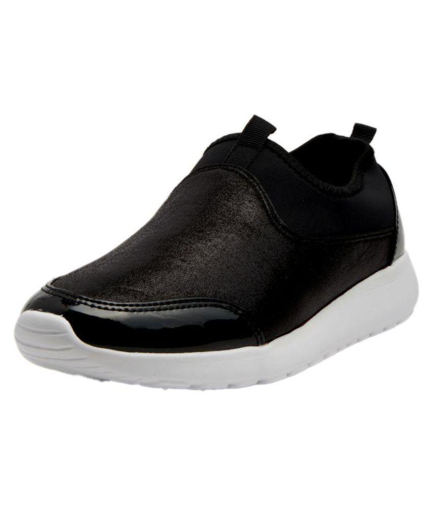 Q'BA Black Sneakers