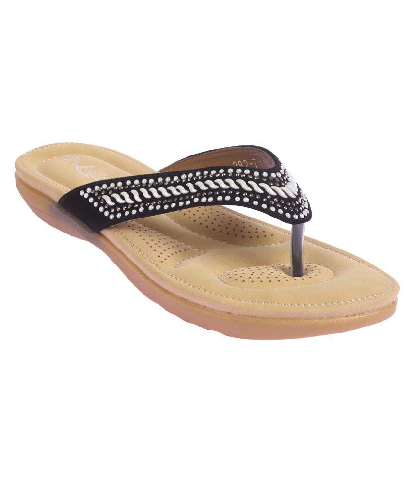Lotus Feet Black Flats