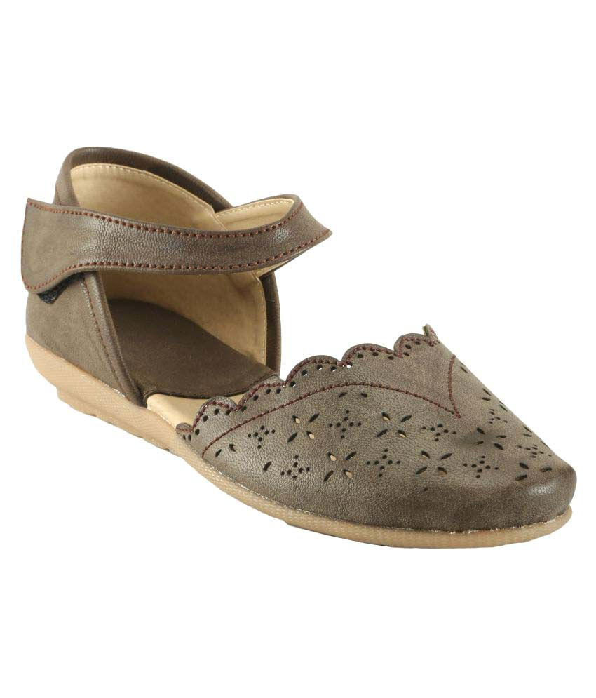 Meriggiare Brown Flats