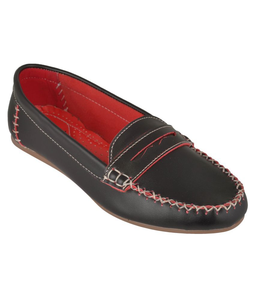 Exotique Black Loafers