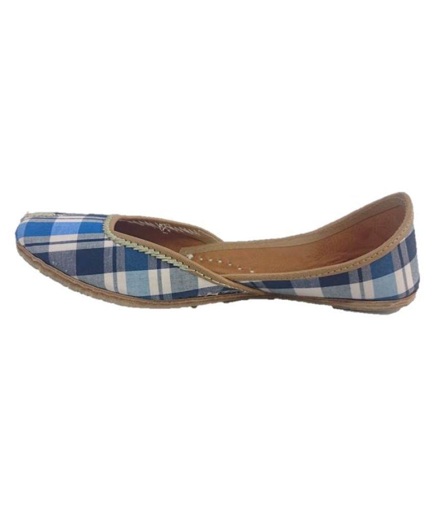 Kaashvi Multi Color Flat Ethnic Footwear