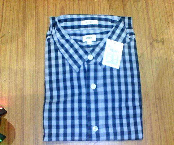 Upto 50% Off On Casuals Wear Shirts By Snapdeal | Fox Blue Casuals Regular Fit Shirt @ Rs.1,093