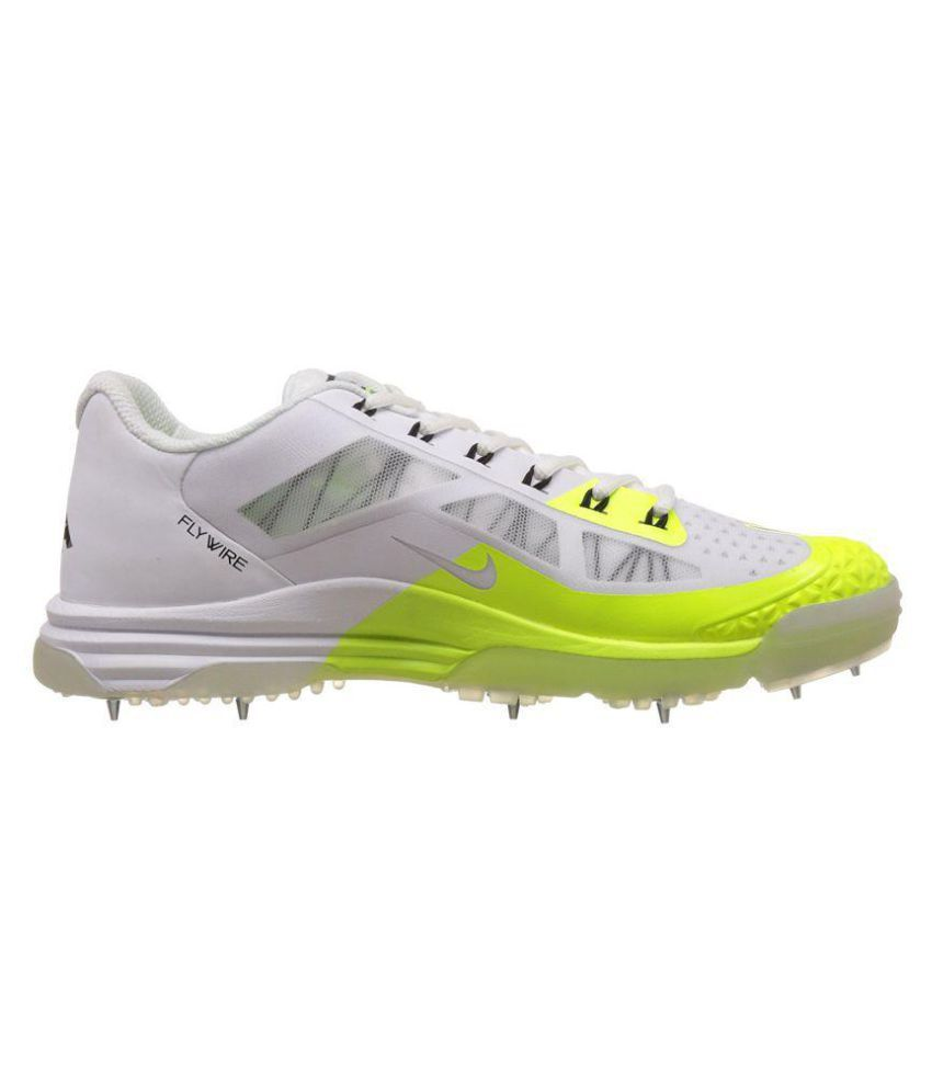 252cffb4fc74 Nike Lunar Dominate 2 White Cricket Shoes - Buy Nike Lunar Dominate ...