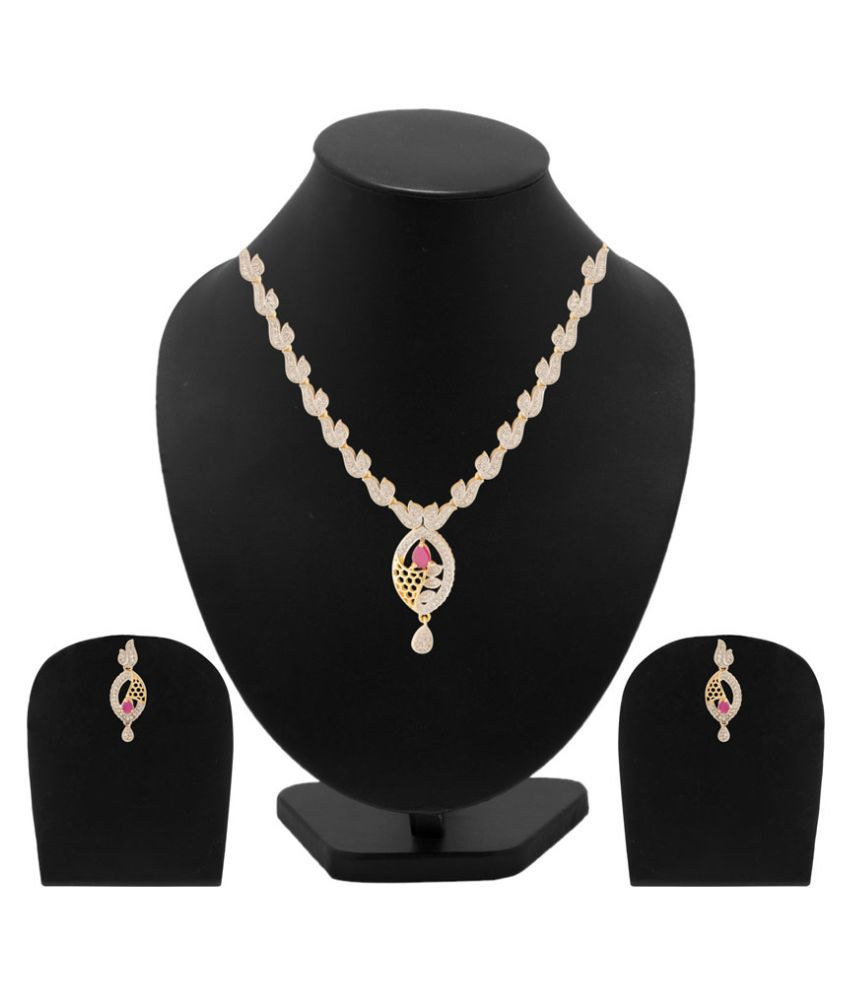 Voylla Golden Alloy Necklace Set