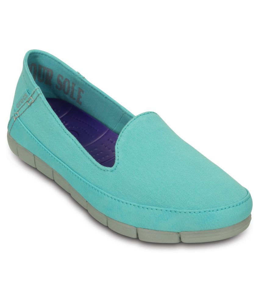 Crocs Blue Casual Shoes Relaxed Fit