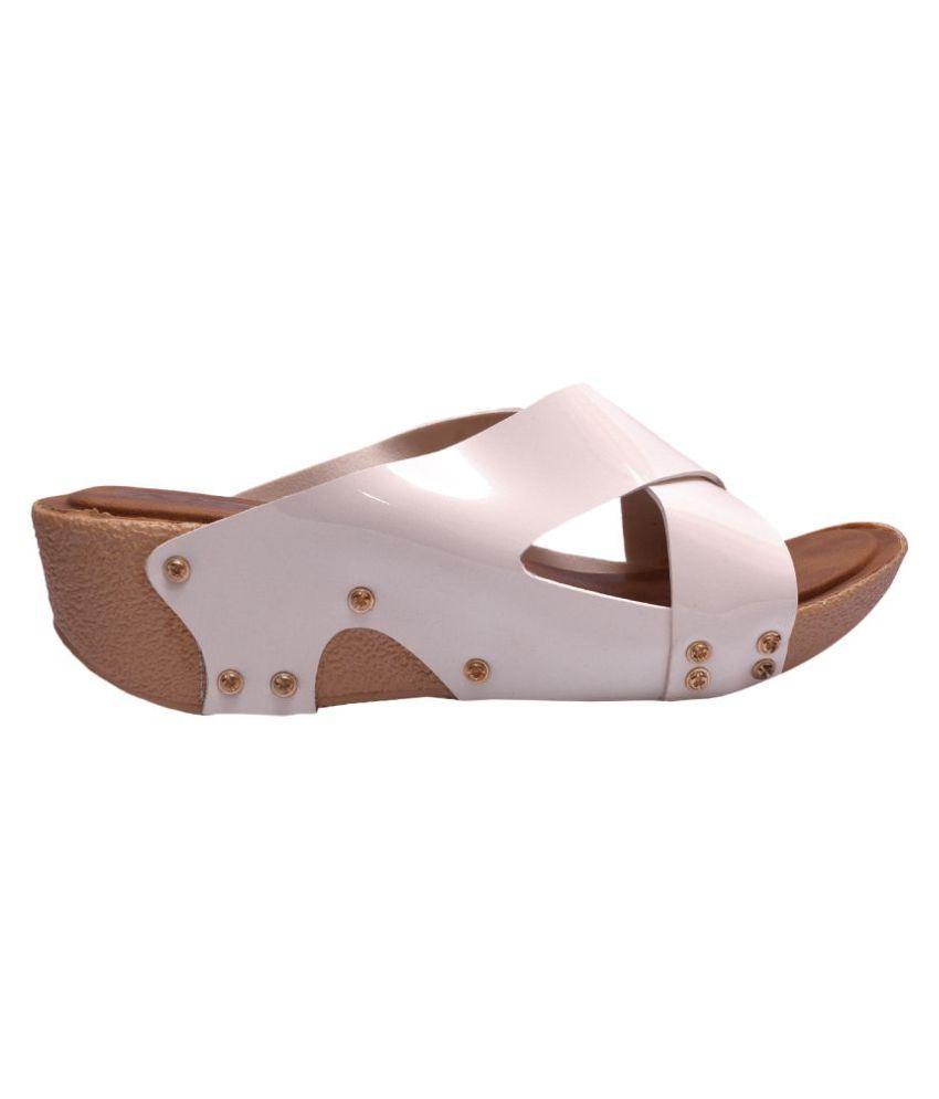 Kamsun White Wedges Heels