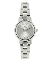 Titan 917sm03 Silver Analog Dial Watch