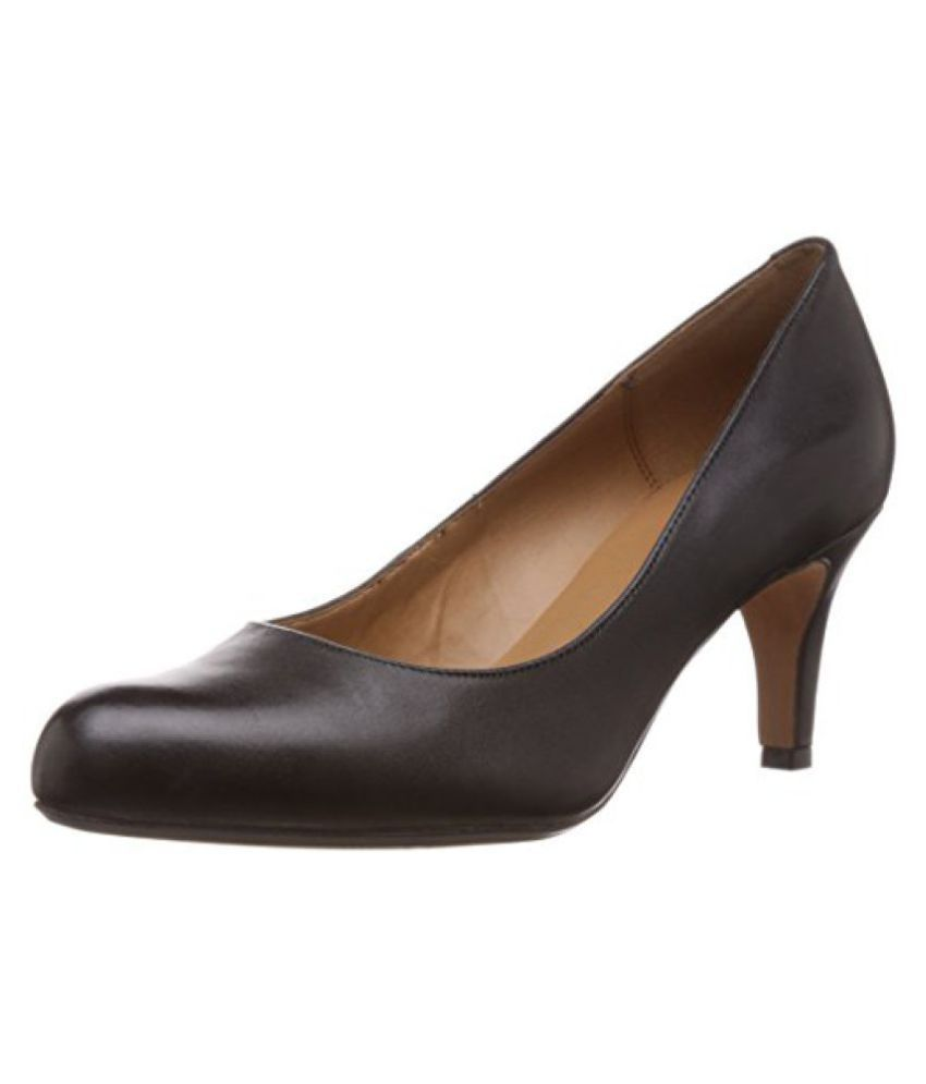 Clarks Womens Arista Abe (Fit D) Leather Pumps