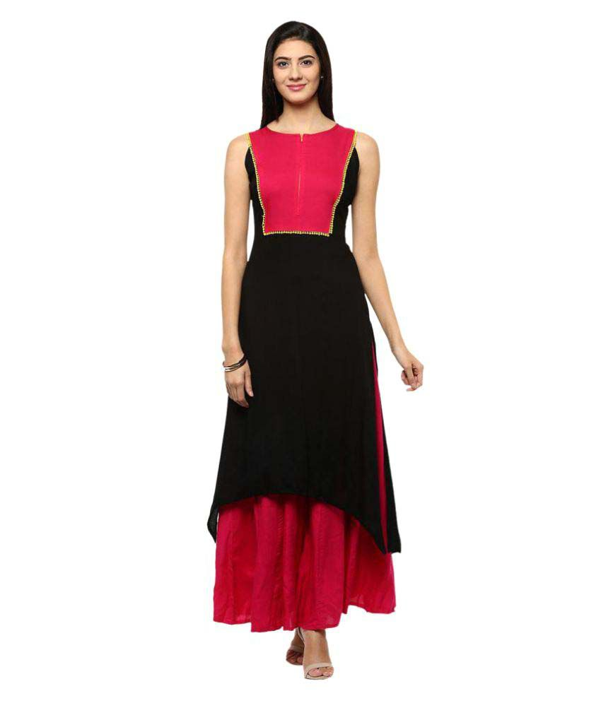 The Bebo Black Crepe Asymmetrical Hemline Kurti