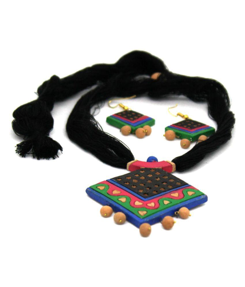More Bangla Multicolour Necklace Set