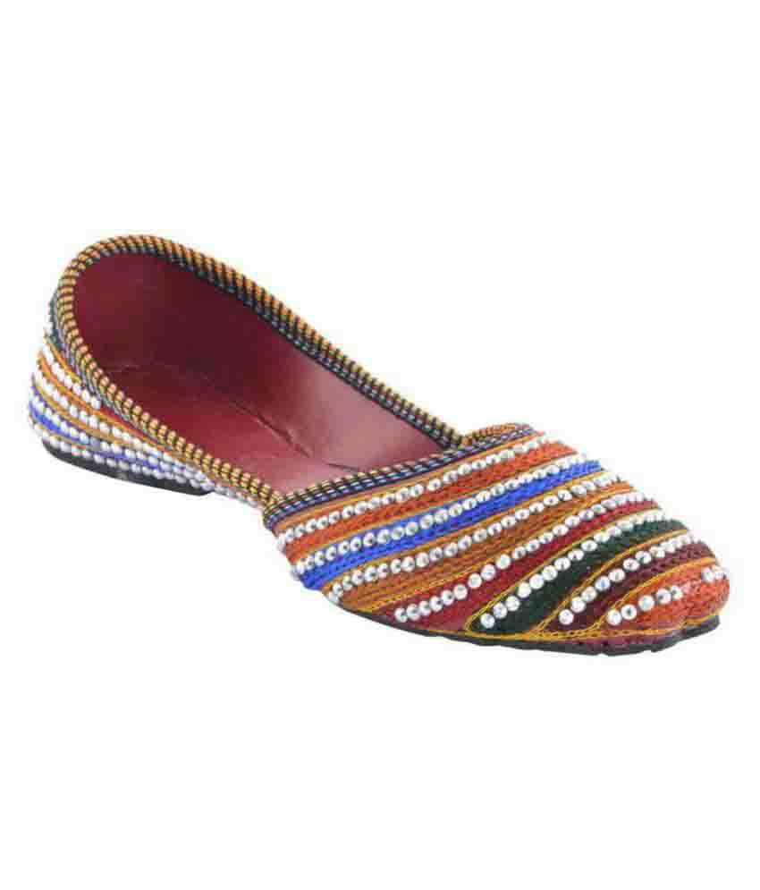 Sunlife Mehta's Multi Color Flat Ethnic Footwear