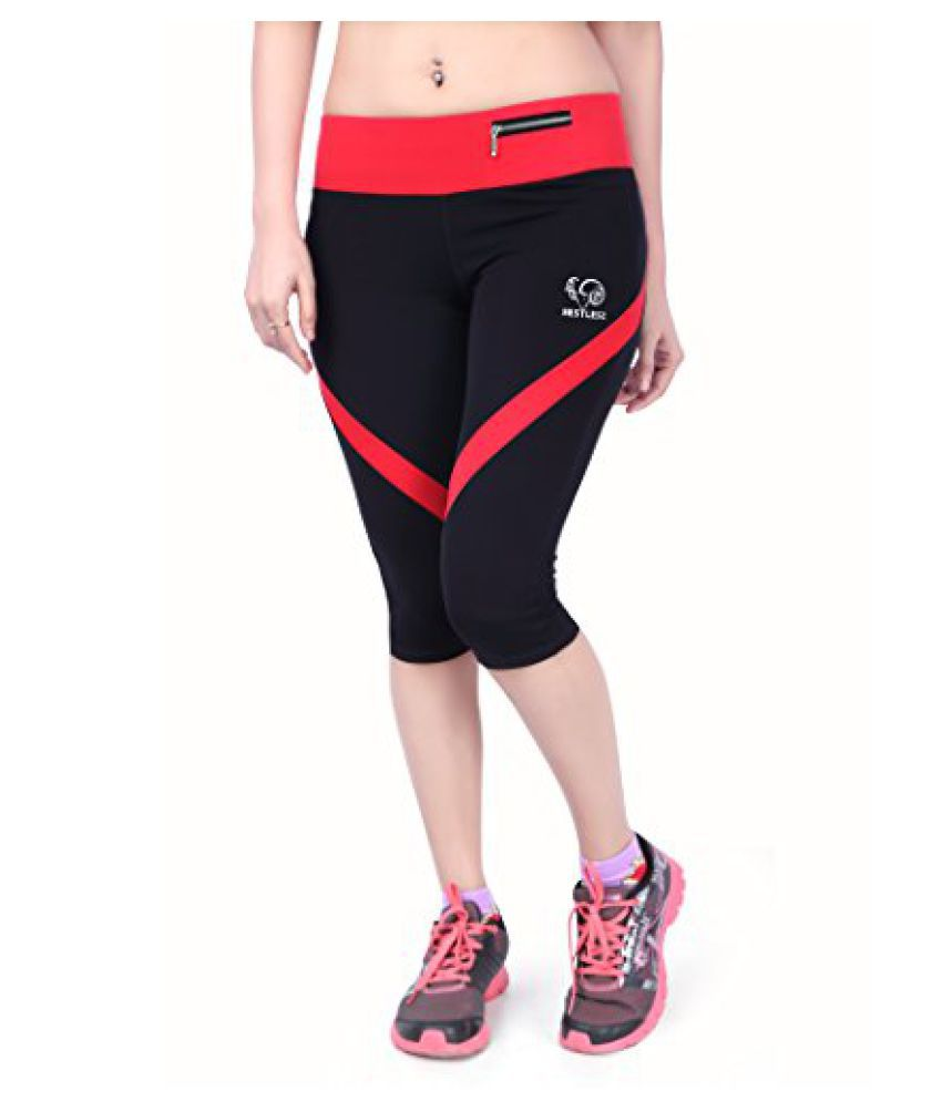 Restless RS C 15A Crop or Capri, Womens (Black/Red)