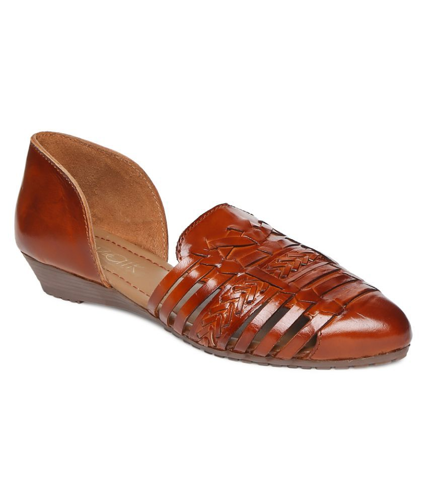 catwalk TAN Casual Shoes