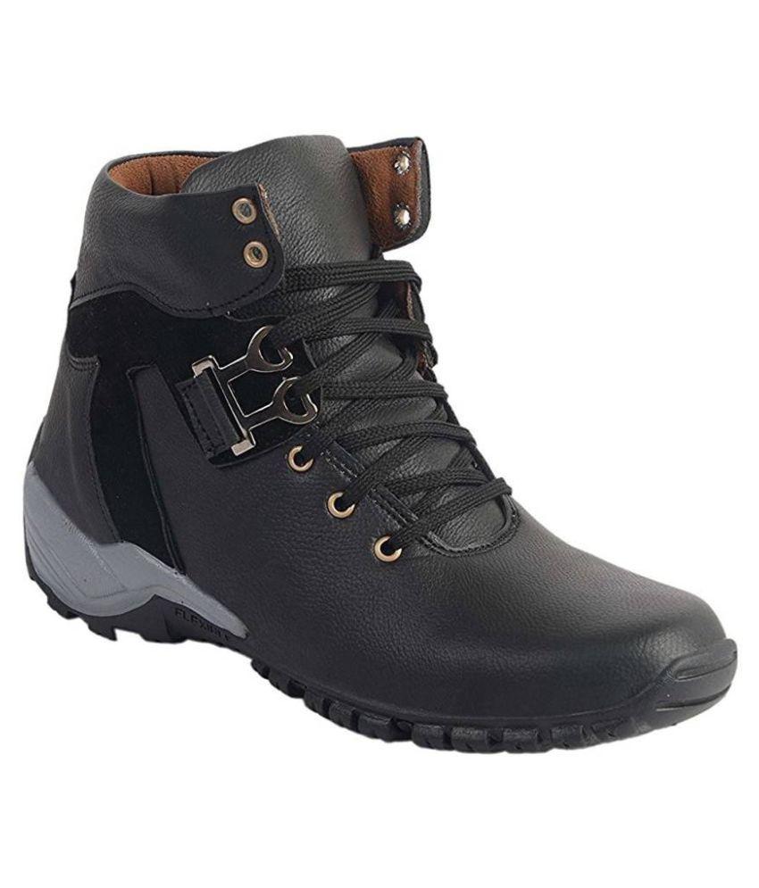 GRESSY Black Hiking & Trekking Boot