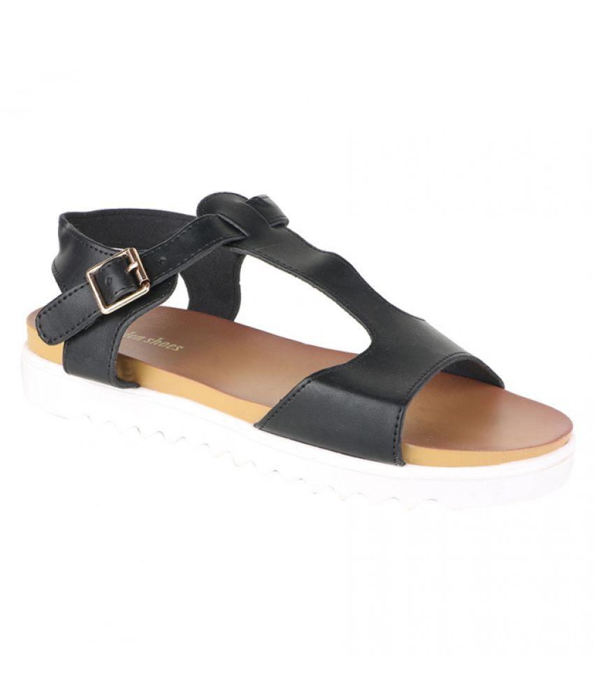 Estatos Black Flat Heels