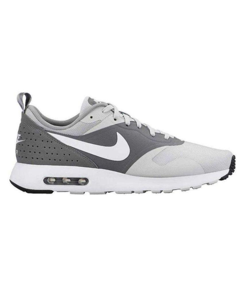 Nike Air Max Tavas Red Running Shoes