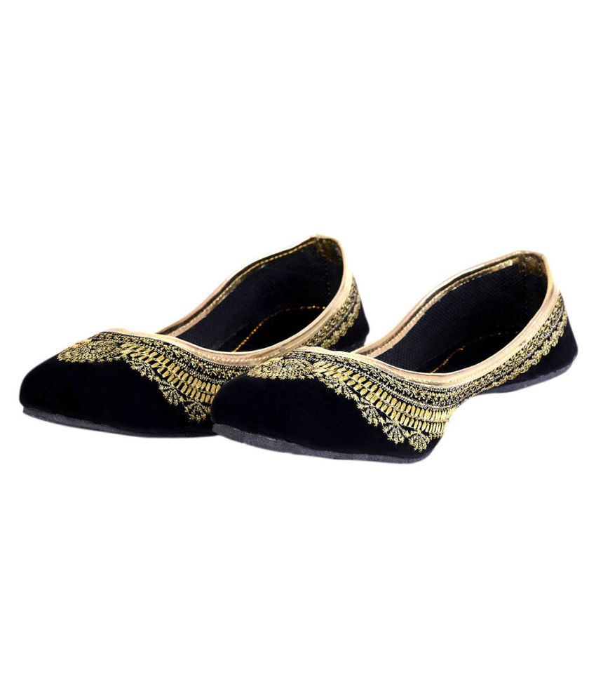 Urshop Black Flat Ethnic Footwear