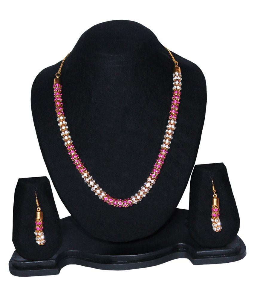 16 Plus Fashion Necklace Set