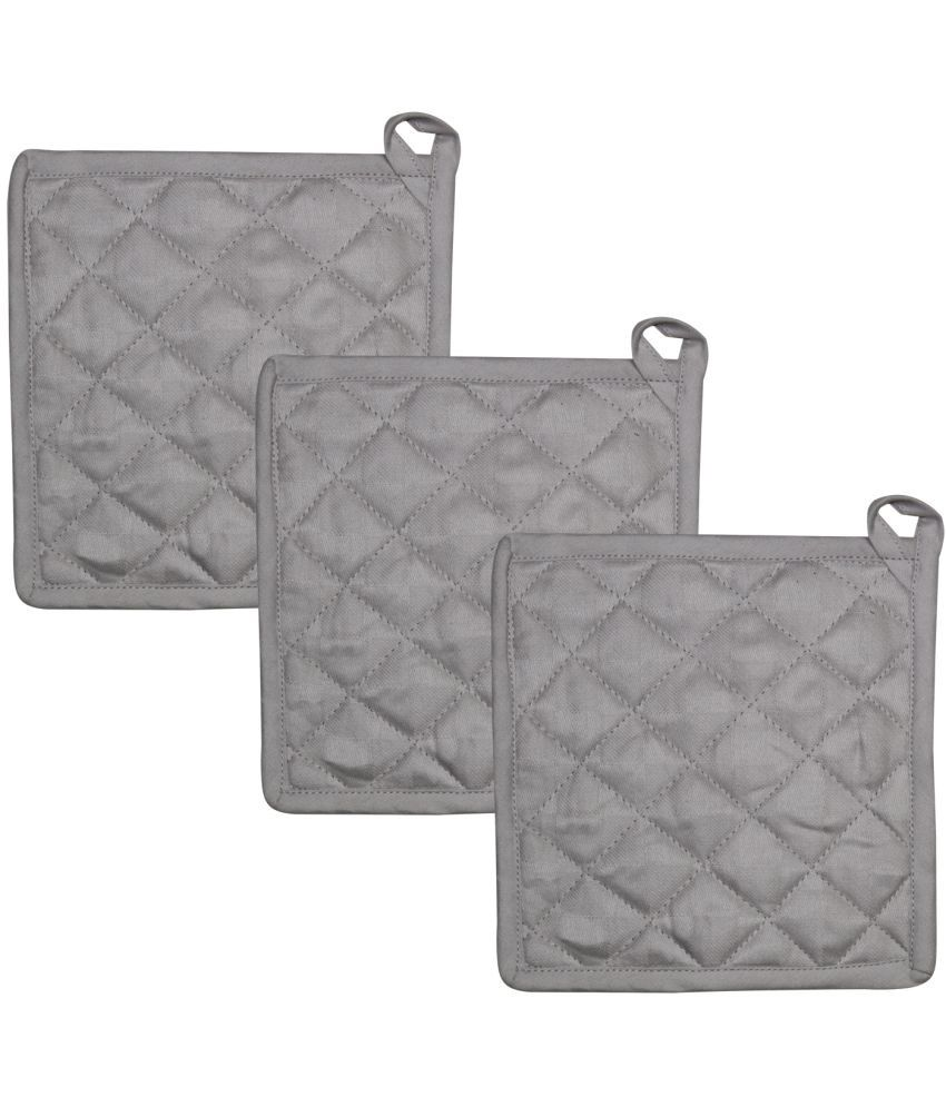 Airwill Cotton Set of Oven Pot Holders Pack of 3 pcs