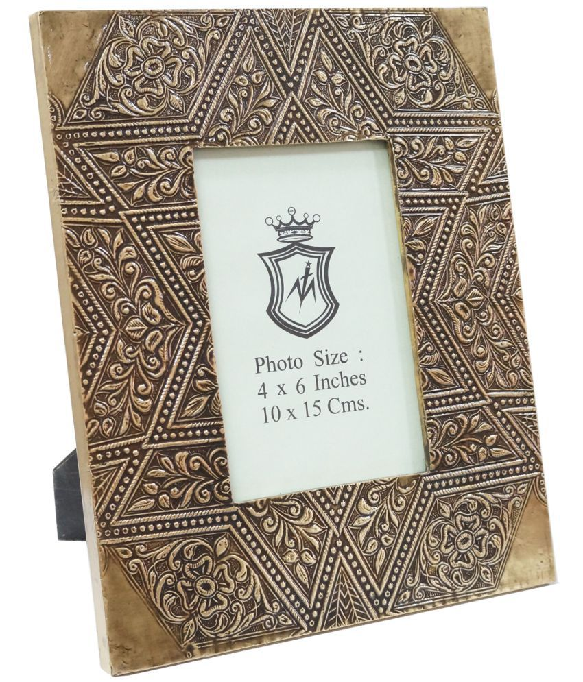 Ablaze (India) Wood TableTop Gold Single Photo Frame - Pack of 1