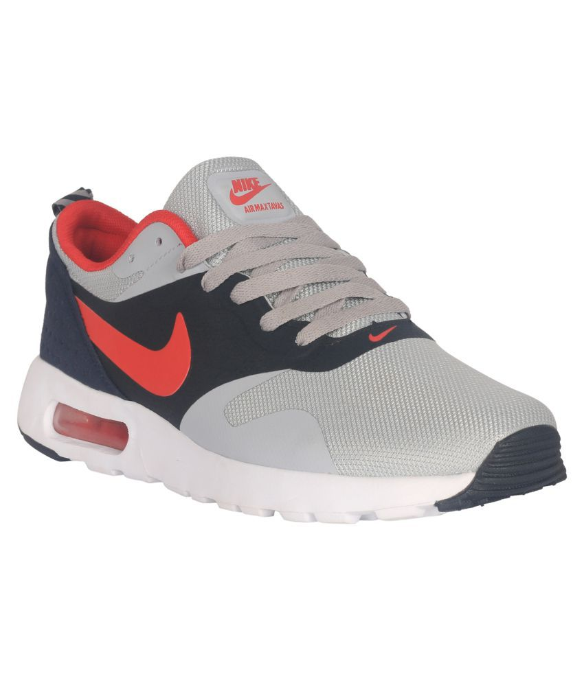 reputable site 87f76 9e539 Nike Air Max Tavas Red Running Shoes - Buy Nike Air Max Tavas Red Running  Shoes Online at Best Prices in India on Snapdeal