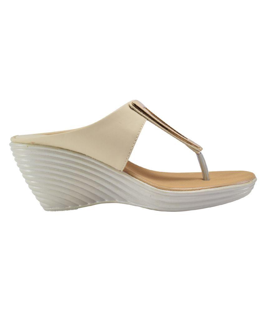 163ebcf87bfe Khadim s White Wedges Heels Price in India- Buy Khadim s White ...