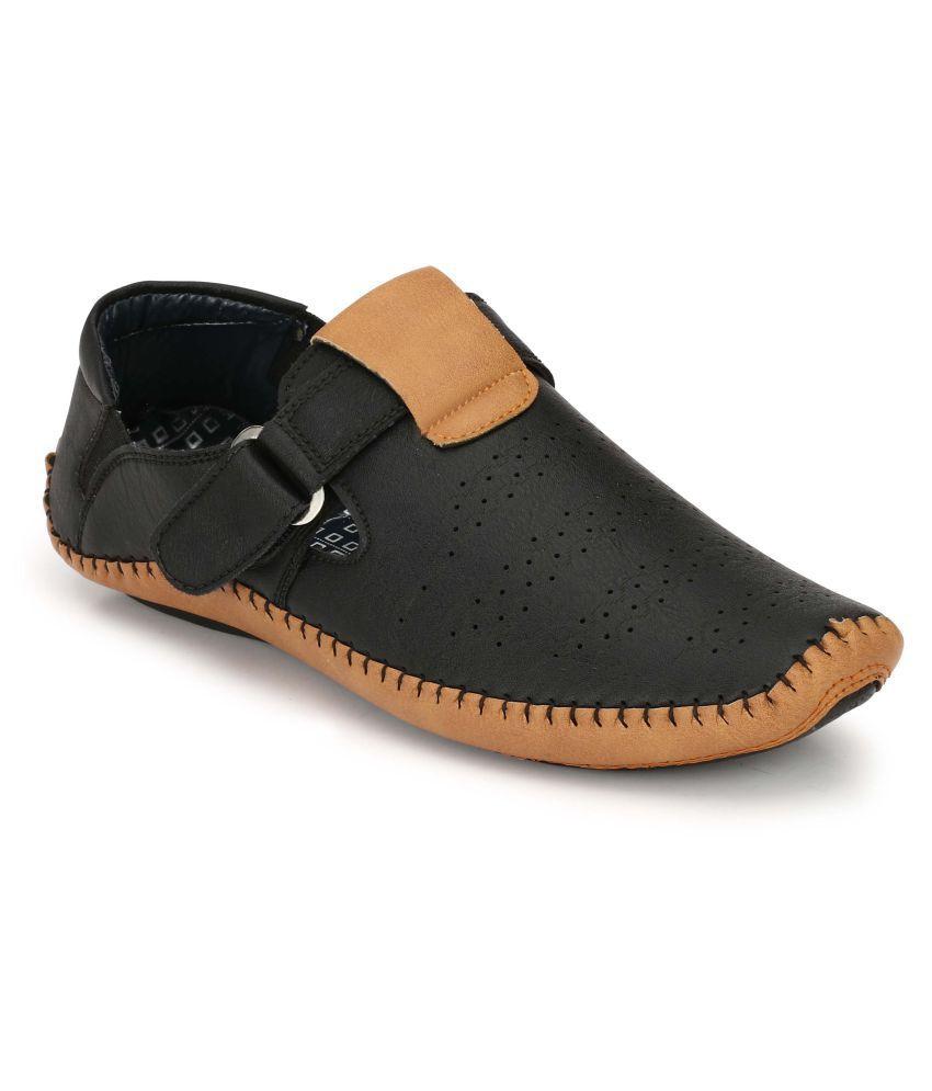 Condom WEBCAM: Sandals Roman Ponchos