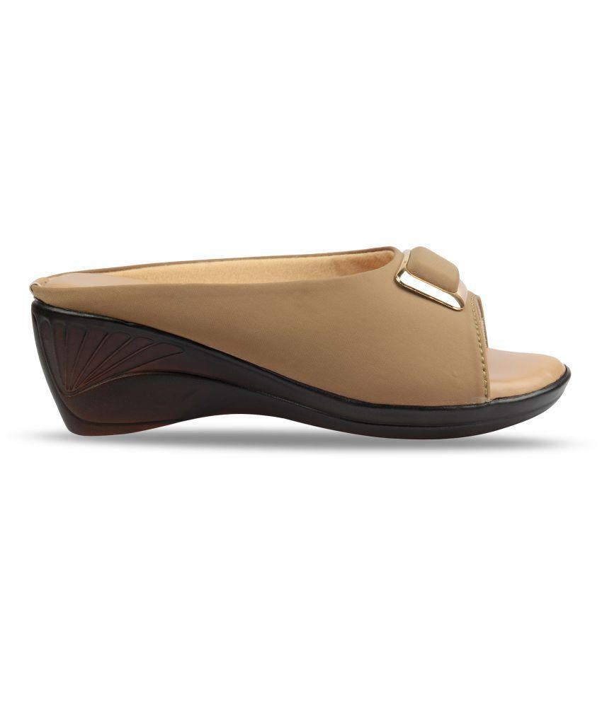 Bare Soles Brown Wedges Heels