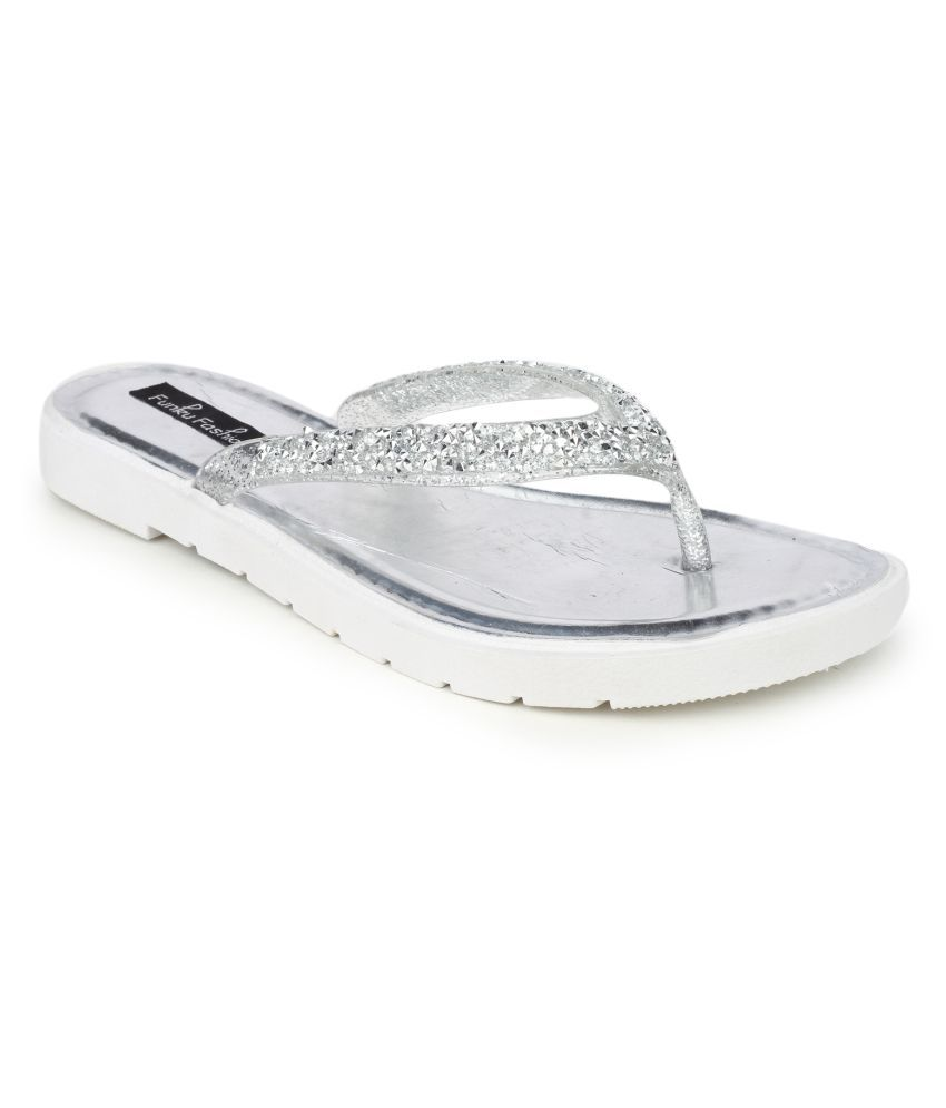Funku Fashion Silver Flats