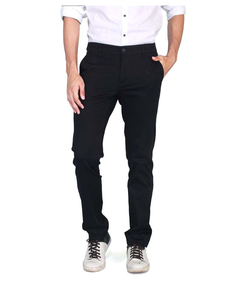 Muvi Black Regular -Fit Flat Chinos