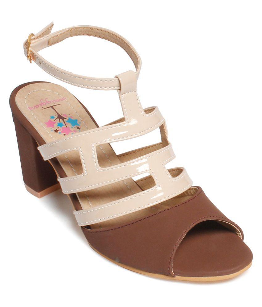 Meriggiare Brown Block Heels