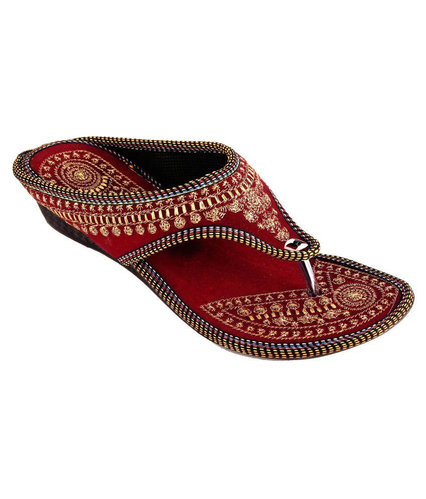 Mojari art and handicraft Maroon Flat Ethnic Footwear