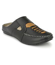 layasa Black Sandals