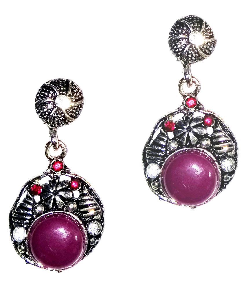 Fashionable silver  Earrings for women & Girls by shrungarika