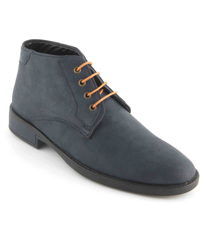 Vegan Basics Blue Chukka boot