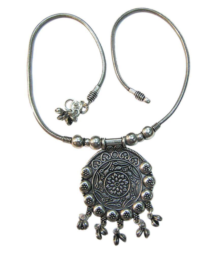 vinayak magnificent tribal necklace (Garba)