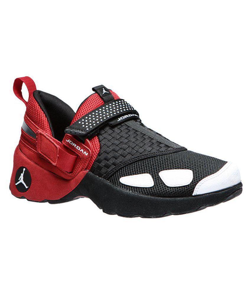 ce8ac6f49ab63c Jordan Trunner LX Black Training Shoes - Buy Jordan Trunner LX Black ...