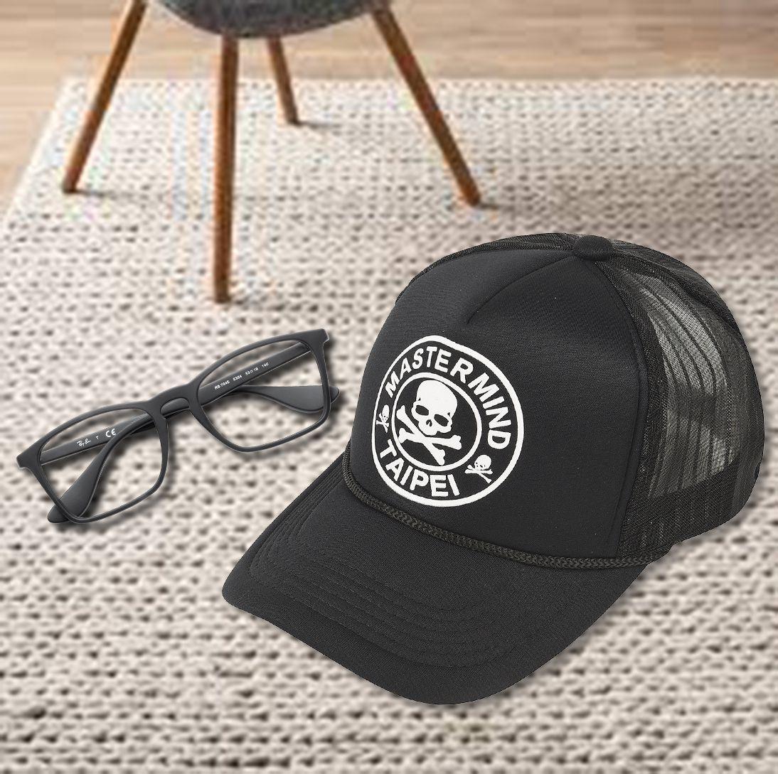 ILU Black Printed Acrylic Caps