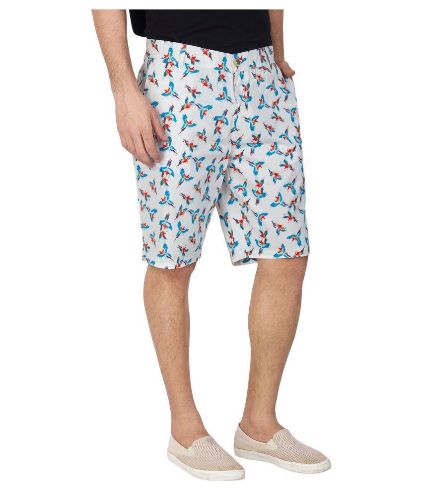 AUDAZ White Shorts