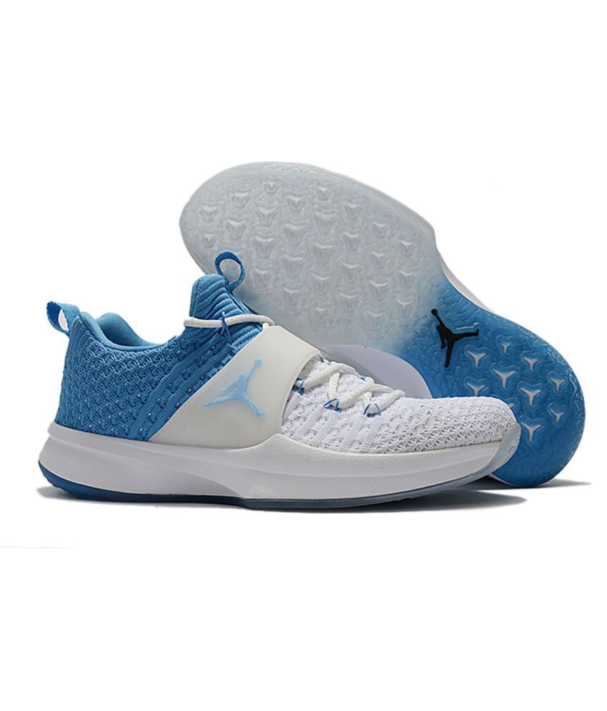 8fedf44fe0 Nike AIR JORDAN White Running Shoes - Buy Nike AIR JORDAN White Running  Shoes Online at Best Prices in India on Snapdeal