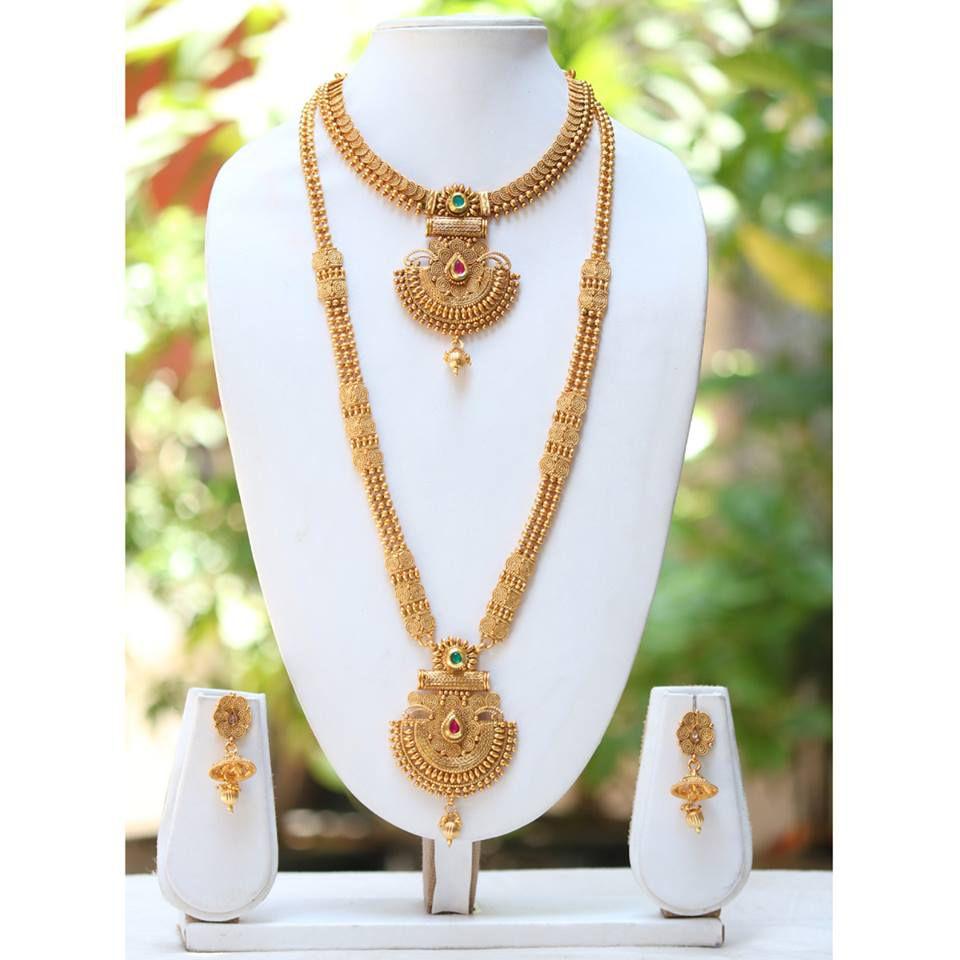 58f4661fb5e2c Swarajshop Alloy Golden Collar Designer 14 kt Gold Plated Necklaces Set