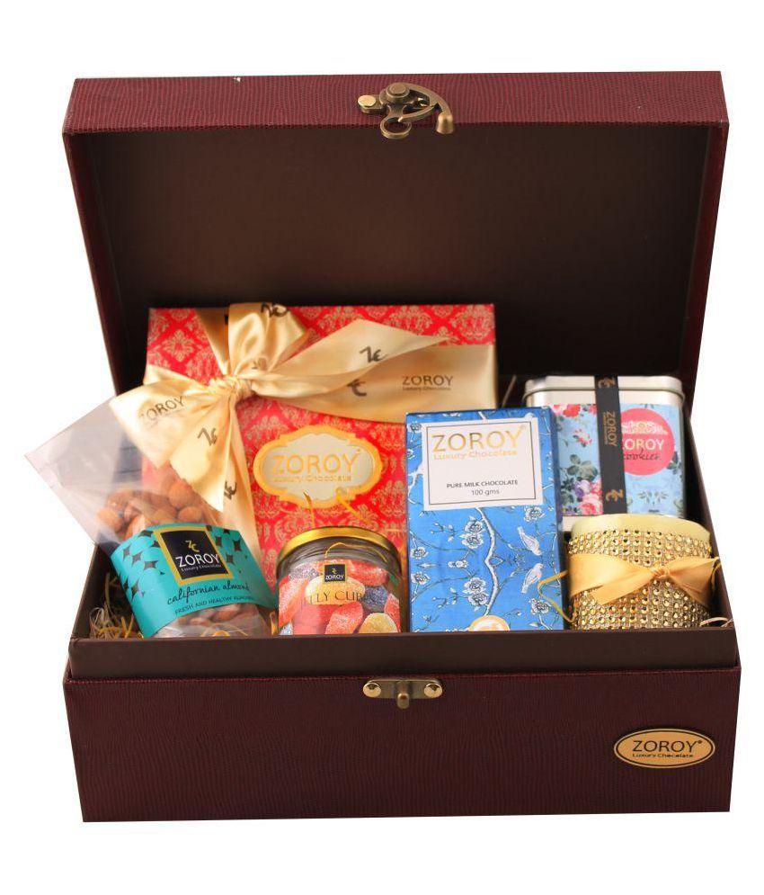 Zoroy Luxury Chocolate Assorted Box Valentines day love gift Hamper 727.5 gm