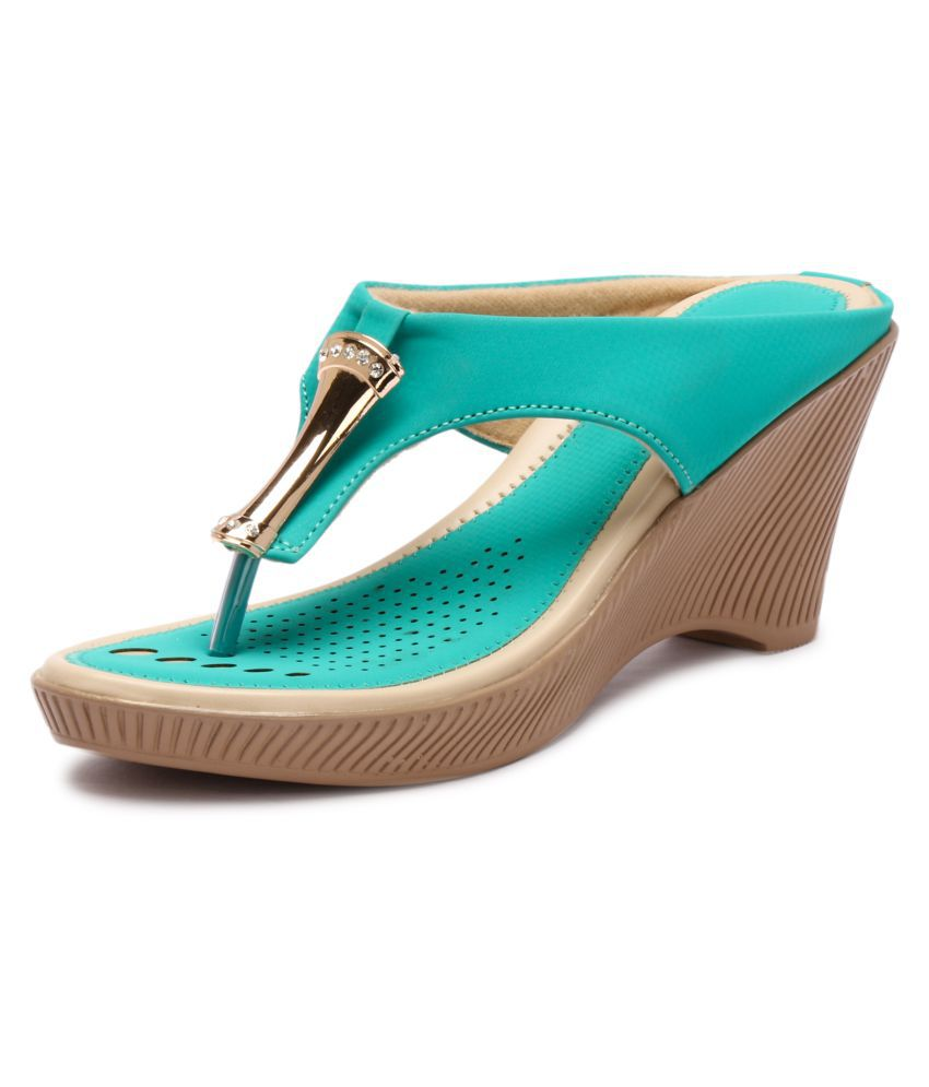 Lockey Green Wedges Heels