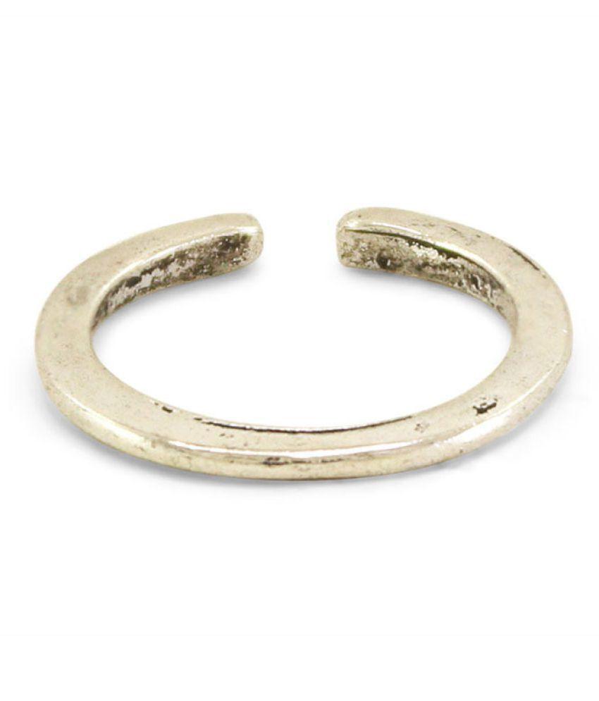 Diva New Pretty Design White Colour Toe Ring For Girls