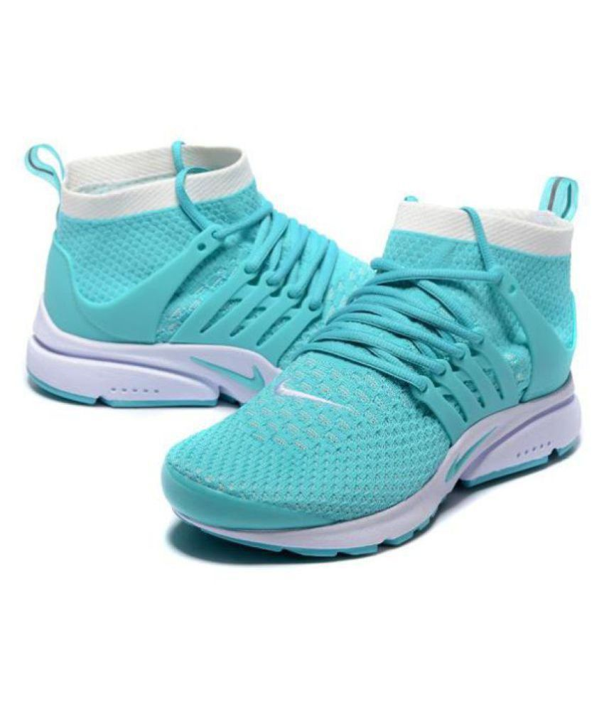 fadc358e4a28 Nike AIR PRESTO ULTRA FLYKNIT Multi Color Running Shoes - Buy Nike ...